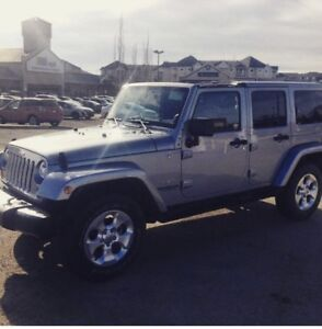 2013 Jeep Wrangler Sahara! Quick sell moving for school!