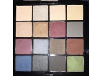 NYX Ultimate shadow 'smokey & highlight' palette - 16 colours