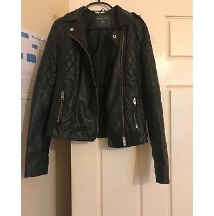 Size 8 Women's Black Leather Jacket
