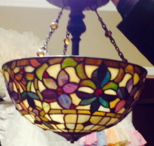 Beautiful Tiffany ceiling light fixture