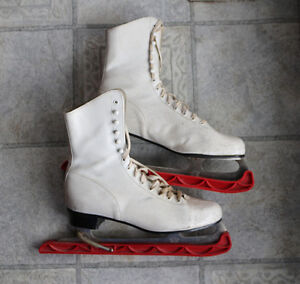 Ladies' Vintage Figure Skates