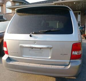 2003 Kia Sedona Mini Van