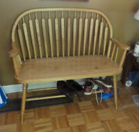 Front Hall Bench - Pine Excellent condition