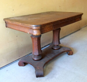 TABLE EN CHENE / TIGER OAK WRITING TABLE WITH DRAWER West Island Greater Montréal image 3