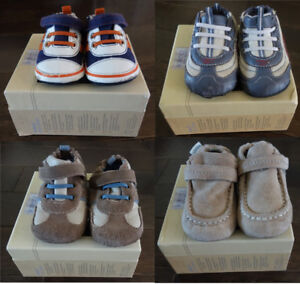 Robeez Shoes (Size 3-6, Ages 9mo-2y)