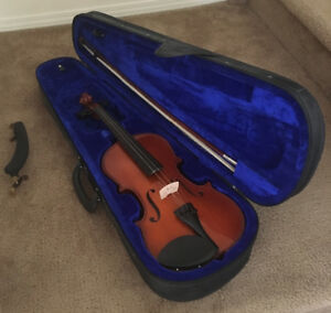 Violin: full size acoustic