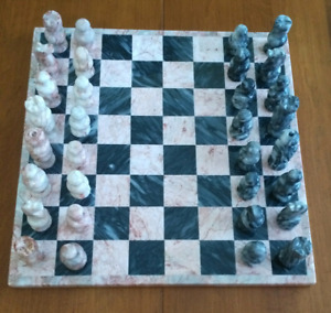 "13"" ONYX CHESS SET"