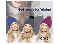 Ladies Cable Knit Hat With Detachable pom pom
