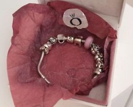 Genuine Silver Pandora Bracelet with 10 Genuine Pandora Charms