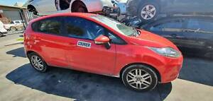 WRECKING A FORD FIESTA 2009 FOR PARTS