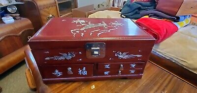 vtg  Music Jewelry Box Red Lacquer Inlaid Wood hand painted oriental ballerina