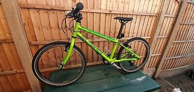 Islabike Beinn 20 L (large). Green. Very good condition