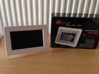 Digital Photo Frame (£5)