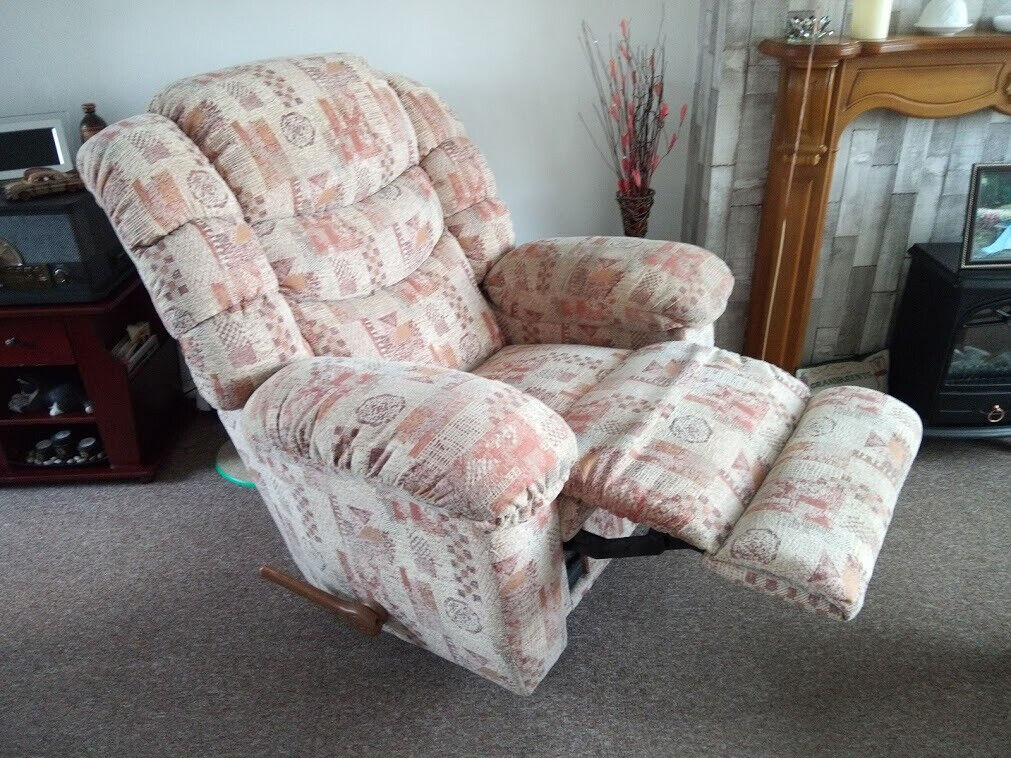 Surprising For Sale 3 Piece Lazyboy Sofa And Chairs In Loughborough Leicestershire Gumtree Ocoug Best Dining Table And Chair Ideas Images Ocougorg