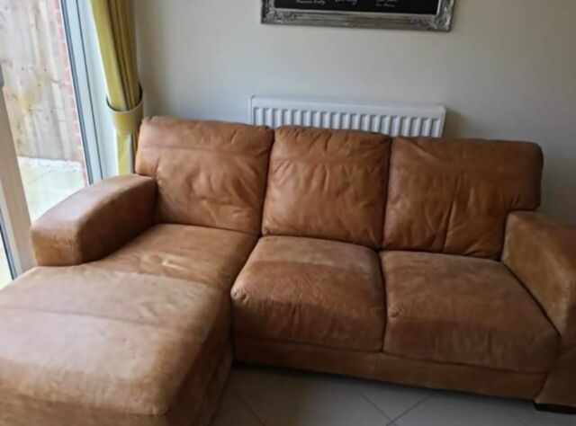 Enjoyable Dfs Caesar Left Hand Facing Chaise End Sofa In Pontefract West Yorkshire Gumtree Alphanode Cool Chair Designs And Ideas Alphanodeonline