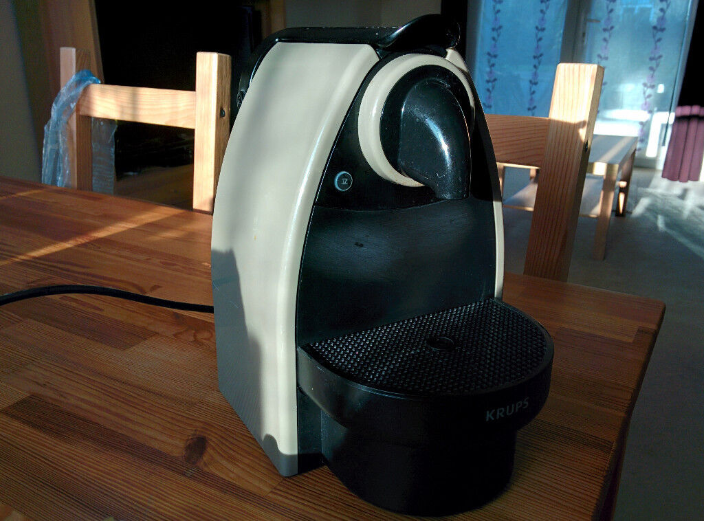 Nespresso KRUPS coffee machine for sale £37 or ONO