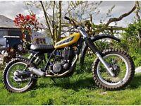 Custom Street Scrambler Tracker Bratbike
