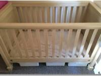 Mamma and pappa cot bed