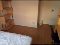 Colchester double room rent £220 per month