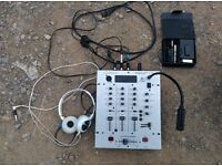 Beringer DX626 3 channel mixer, microphone and headphones