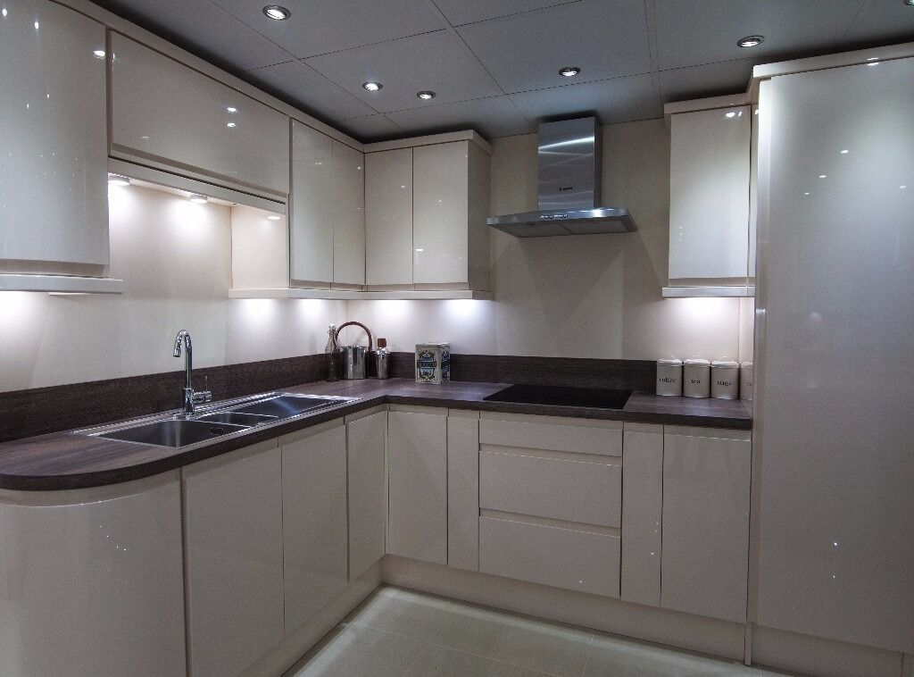 island bathrooms kitchens ex display kitchens for sale