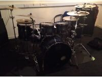 Mapex Saturn IV in Deep Water Burl + black panther cherry bomb snare