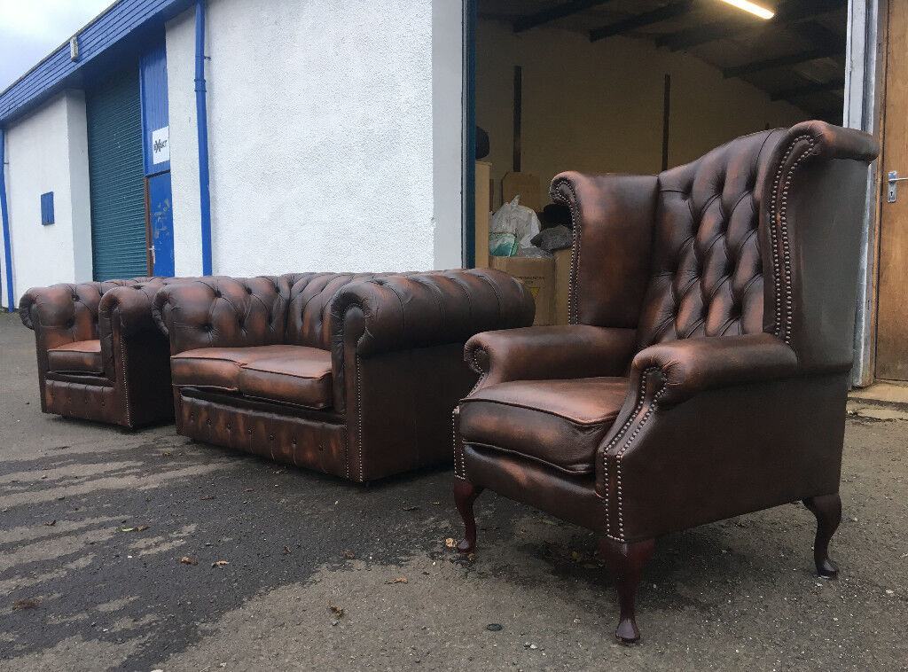 2+1+1 Antique brown chesterfield set DELIVERY AVAILABLE