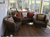 2 seater settee and 2 chairs