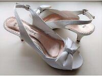 Emilio Luca Diamond Box Shoes ( Ivory White - Size 6)