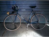 Mens road touring bike Raleigh Stratos - WILL SELL QUICK NEGOTIABLE
