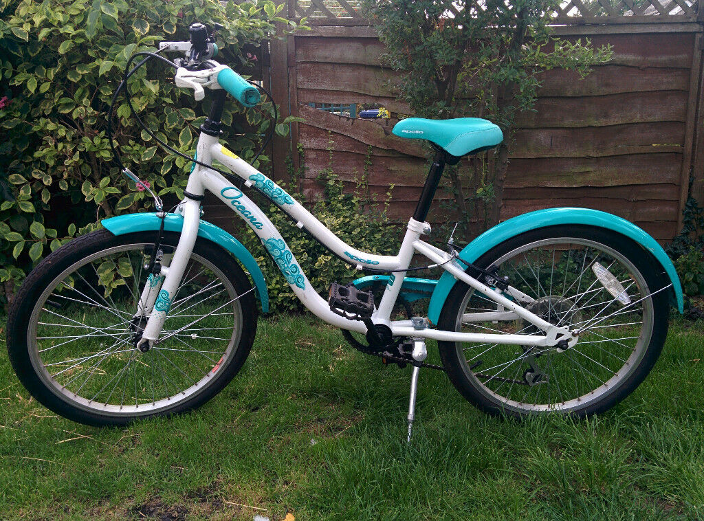 e2c84ae69ca Girls Bike 20 inch wheel age 7-9 - Halfords Apollo Oceana. Very good  condition