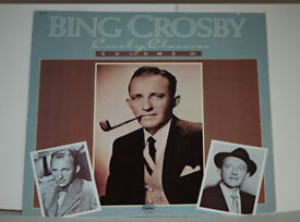 Bing Crosby - Crosby Classics Volume 3 Album. Record in excellent condition. Sleeve quite good.