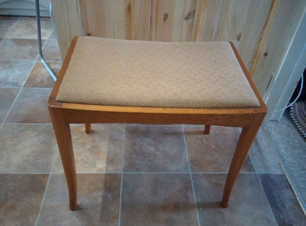 A Wooden Piano/Dressing table stool. Honiton, Devon £7.50