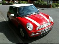 2002 mini Cooper 1.6 in bright red with service history