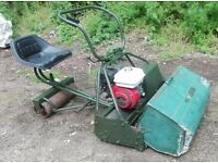 """Atco Royal 30"""" Cricket Mower and Trailer Seat Roller Spares or Repairs Runs and Cuts"""