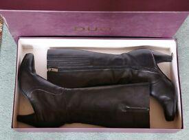 "LADIES DUO ARALIA BOOTS BLACK, SIZE 40/UK7/US9 3"" Heel, NARROW CALF Black Leather"