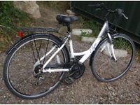 "Apollo Elyse lady's hybrid/town bike, 18"" medium size aluminium frame, 18 gears, 700c wheels"