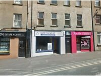Commercial Property (900 sq. feet) To Rent / OFFICE / BEAUTICIAN / RECRUITMENT OFFICE /