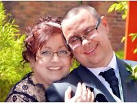Leeds Registry Office Photography. Discounted low price photography for couples on a budget