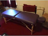 Affinity Duluxe Massage Table inc transport cover