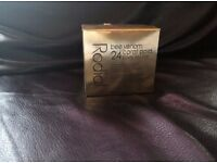 Free P&P NEW Rodial bee venom 24 carot gold body soufflé 200ml
