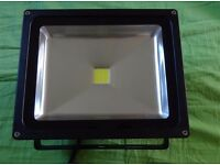 New 30W LED SMD Flood Light Security Garden Lamp Waterproof IP65 Cool White Outdoor Floodlight 230v