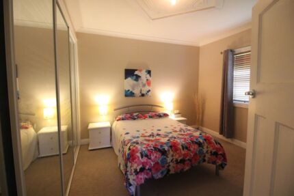Large Fully Furnished Room AVAILABLE NOW, bills included $180 pw