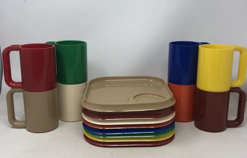 Vintage Mid Century Modern Plastic Dinnerware / Camping Set Multicolor By Sheino