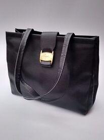 SALVATORE FERRAGAMO Vintage Black Textured Leather Shoulder Tote Bag