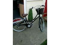 Ladies city dutch bike