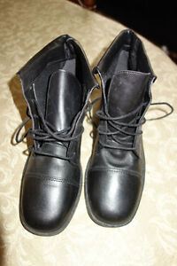Ladies Leather Lace Up Riding Style Boot  Never Worn