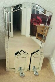 Mirror with 2 candle sconces