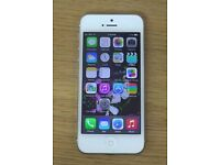 Apple Iphone 5 - White and Silver - Vodafone - 16GB
