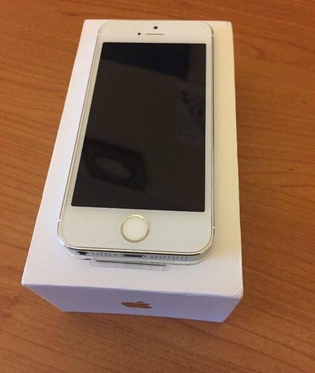 iPhone 5s silver 16gbFactory Unlockedin Oldham, ManchesterGumtree - This is a refurbished iPhone 5s 16gb silver unlocked brought back to a new standard , very little or no signs of usage Complete on original box with all accessories Contact 07765224306 Cash on collection only
